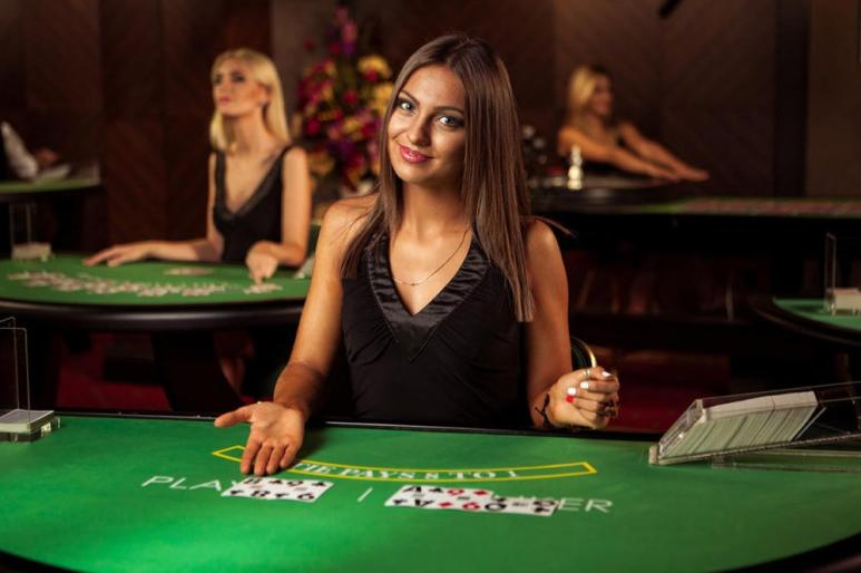 live dealer at casino table